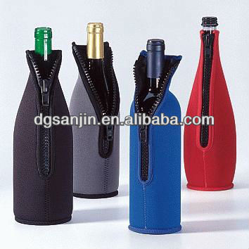 High capacity durable collapsible wine bottle cooler bag