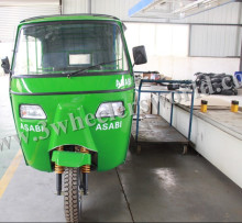 China Supplier 6 passengers Bajaj Closed Cabin Tricycle Passenger Motorcycle /Electric 3-Wheel Scooter