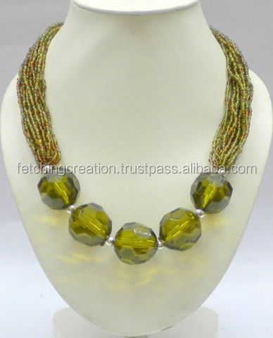 Acrylic Diamond Cutting Seed Bead Necklace