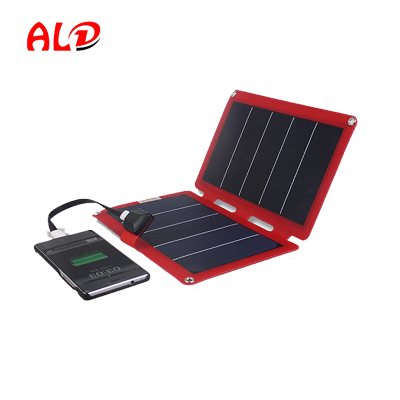 Travel accessories power bank solar charger 11W with detailed instructions