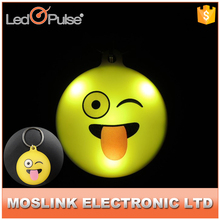 Led Flashing Custom Design Emoji Keychain/Metal Key Chain 2017 Promotion Wholesale
