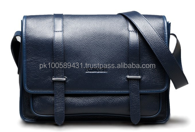 Messenger Bag made of high quality Material / Bag Accessories in Asia / Bags made of fine material