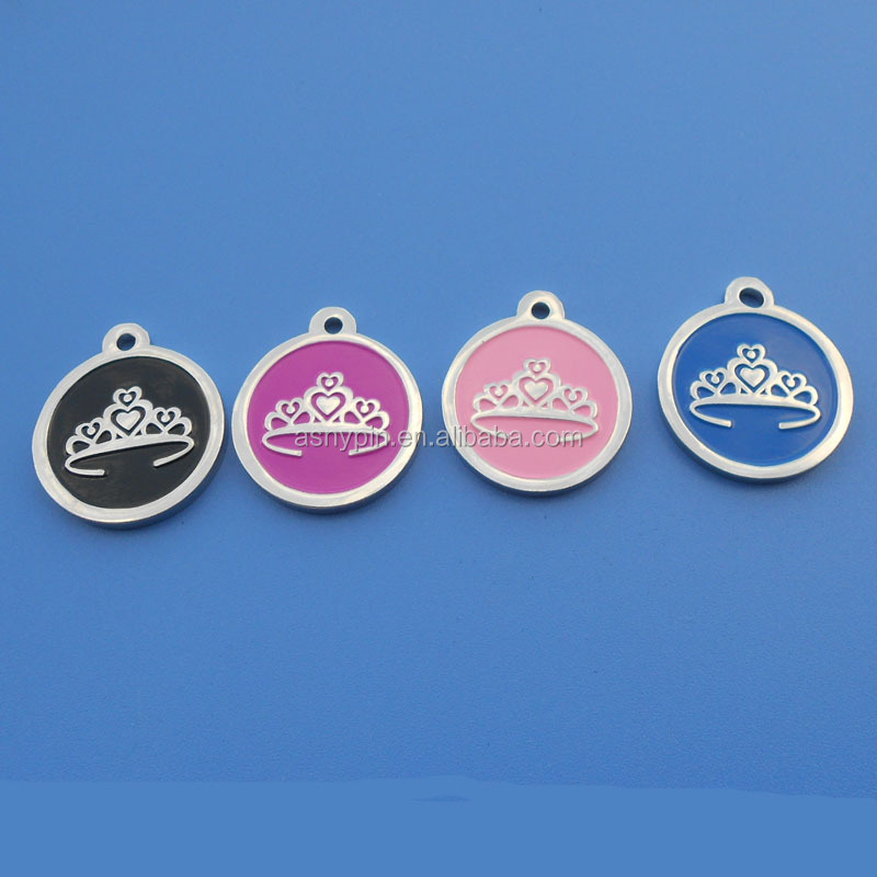 customize different size metal pet id tags adopt with crown