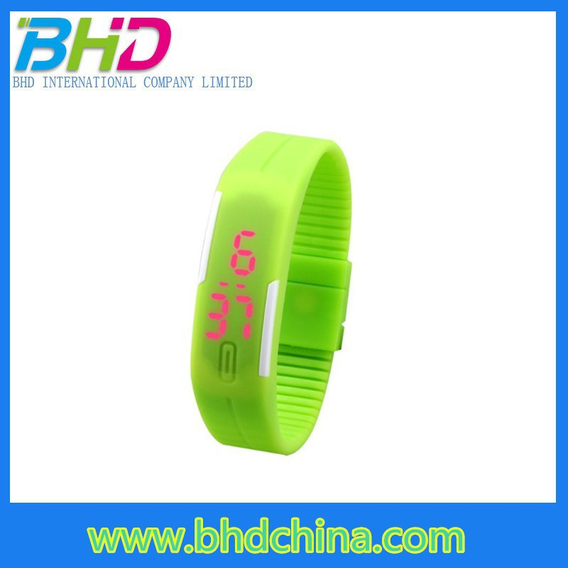 2015 Best gift silicone slap watch kids rubber wrist led watch waterproof digital watches