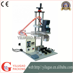 Plastic Bottles Pneumatic Capping Machine , Automatic Tabletop Capping machinery