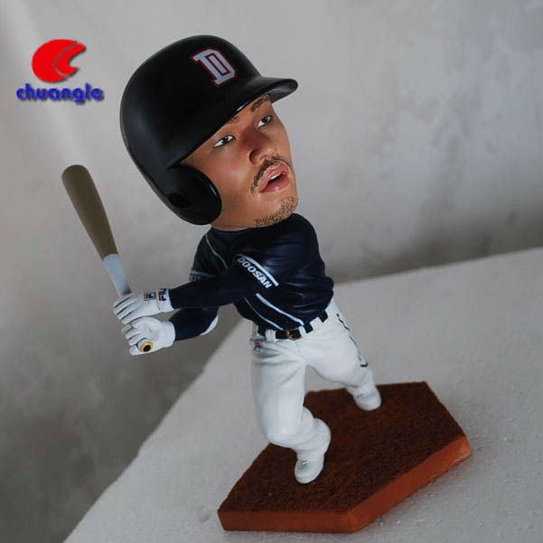 Korean baseball player sculpture, baseball player figurine