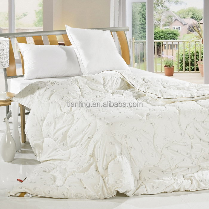 Fluffy Printing Piping Bedspreads Coverlets