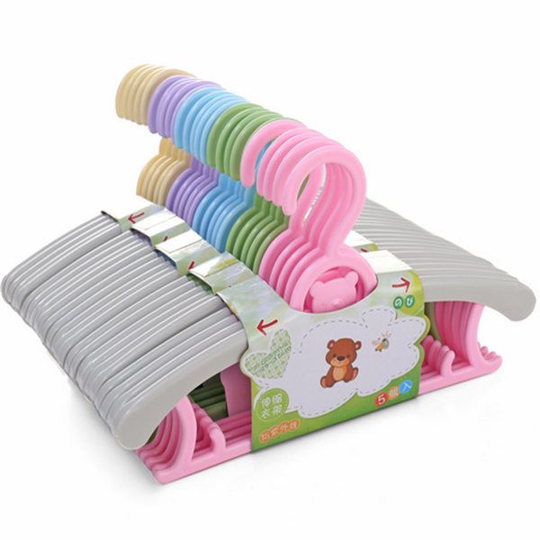 spot a newborn baby Child Plastic Children's Hangers retractable drying rack telescopic