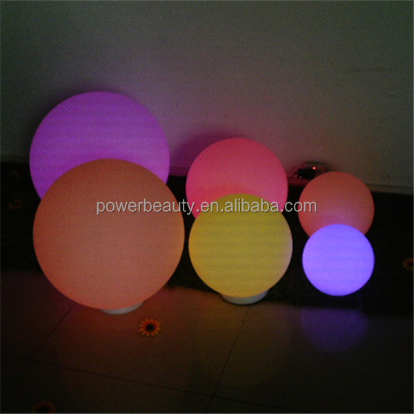 waterproof IP68 16 color RGB LED ball /led flashing golf balls wholesale