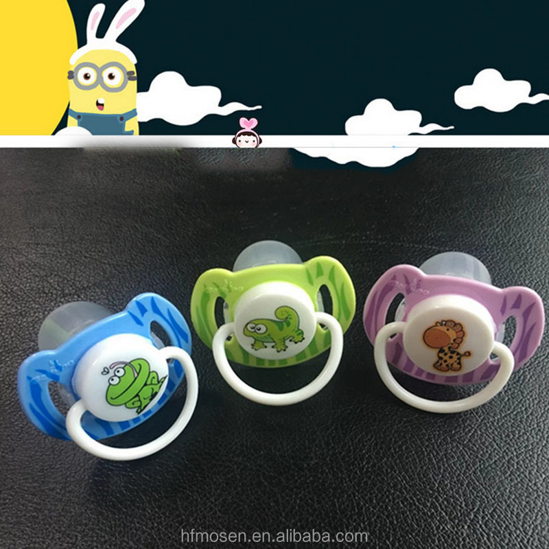 TW4038 Cartoon fashion design baby feeding cute baby pacifier manufacture