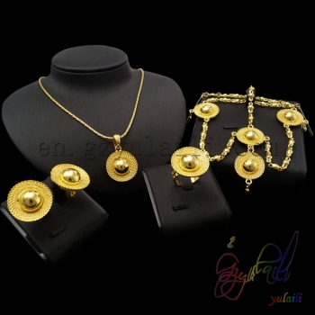 Fashion jewelry 2016 Indian jewelry set Gold mangalsutra designs