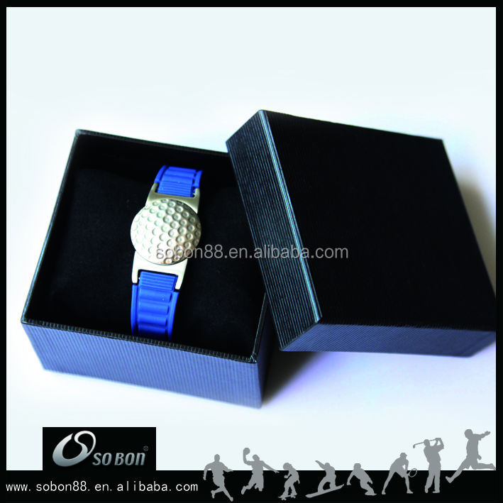 Custom jelly silicone wristband watch with removable golf ball marker