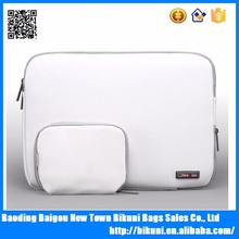 High quality personal compute white 11-15.6 inches waterproof pu leather laptop sleeve bag with small power pack gift