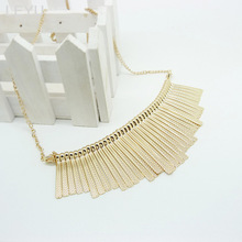 Top selling stylish vintage fanshaped charm necklace