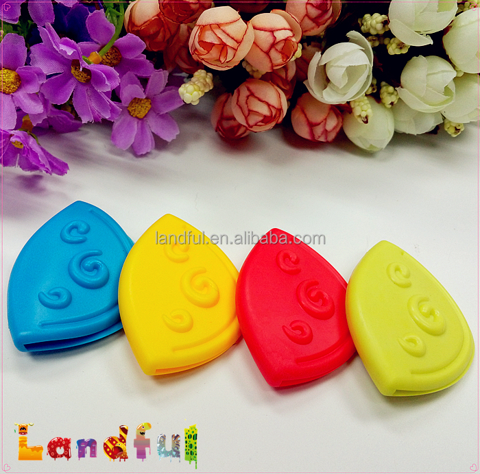 Wholesales Sew in Textile Sewing Silicone Corner Teether for Baby Toys