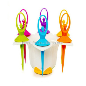 Wedding Dinnerware Set Beautiful Flower Base Colorful Dancing Girls Design Fruit Fork