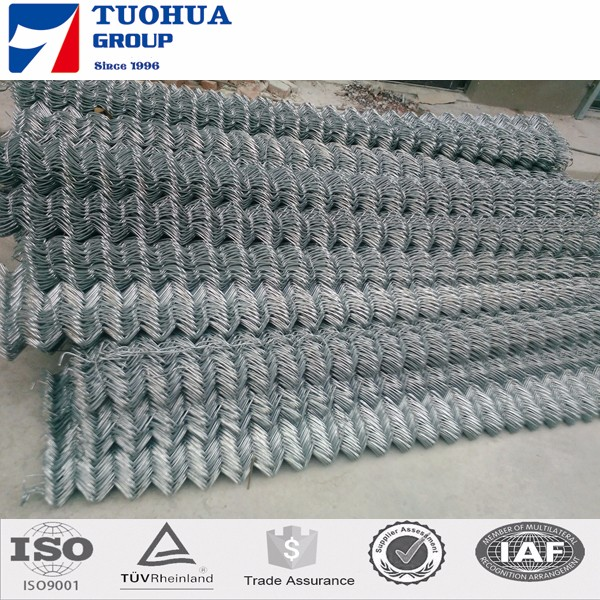 School playground chain link mesh used for fence