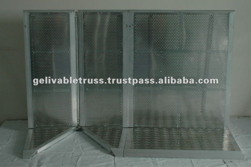 Hot-dipped Galvanized Crowed Control Barrier (Factory)