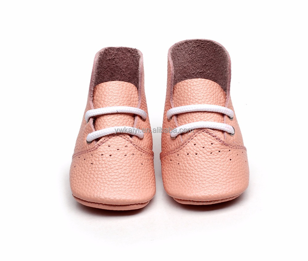 Latest design baby shoes 2017 autumn genuine leather prewalker baby shoes soft sole