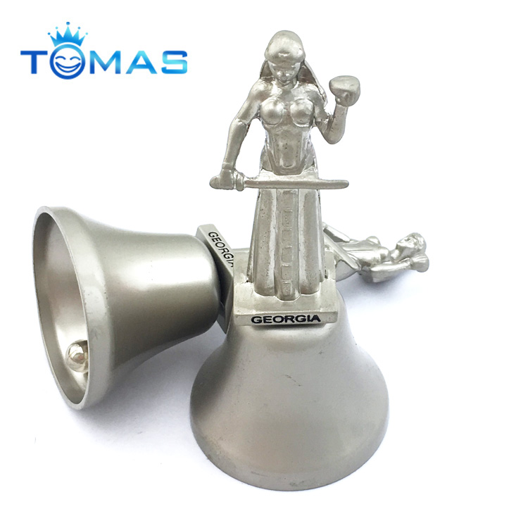 2017 hot sale metal ring with high qulity for a hand kiss bell ring bell