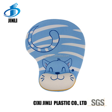 Hot sale cloth top wrist support cute animal home and office mouse pad