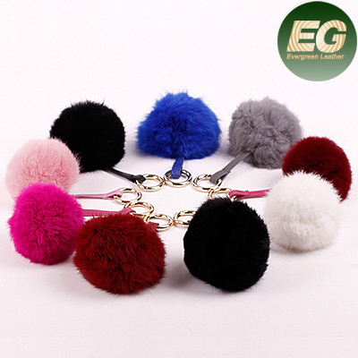Wholesale promotion fur ball keychain fur gift from china FT020