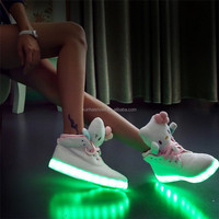 Manufacture 2016 New Fashion USB Charging Lights led boots Lovely Led Shoes Hello kitty glowing shoes for family Women children