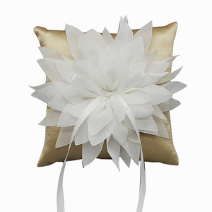 R0519 the new wedding decoration/wedding ring bearer pillow