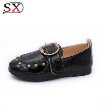 2018 fashion flat Spring New Hot Sale Metal Button Patent pu Kids Girls' Nude Shoes