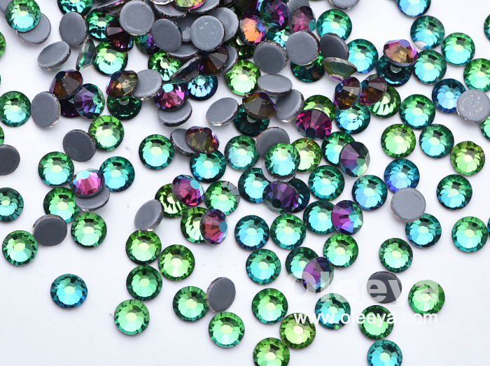 Wholesale Bulk 2028 SS20 Green Volcanic Embroidery Crystal Hotfix Rhinestones Glass Gemstone Transfer Clothing Motif for T-Shirt
