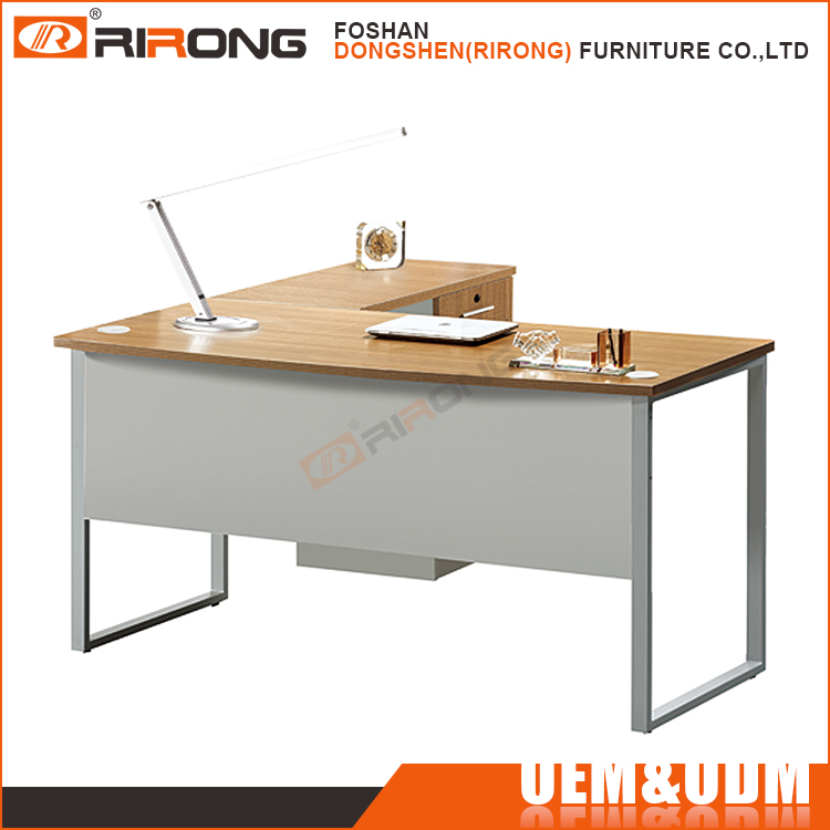 Customized L-shaped metal frame wooden desk top computer office table for for home and office furniture