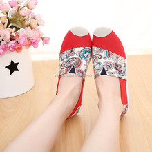 2017 fashion old Beijing cloth shoes non-slip casual shoes cheap women flats
