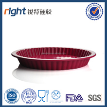 Red silicone cake disc