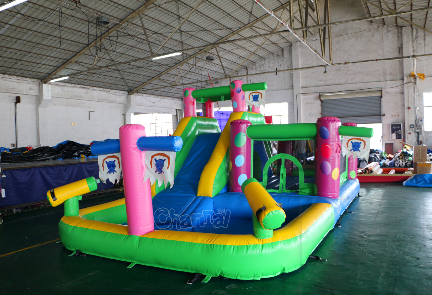Small inflatable bouncer combo with water pool, inflatable bouncer with slide