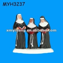 Christmas in the City Praise in Perfect Harmony resin nun figurines