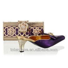 2013 fashion design purple lady shoe wholesale and matching bag with rhinestone