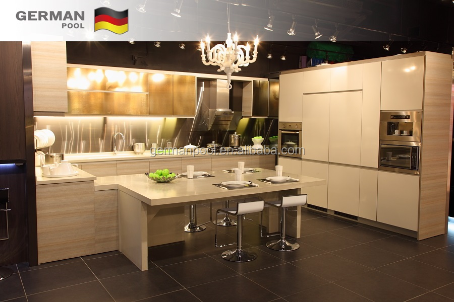 New Model Customized Modern Eco-friendly MFC Kitchen built in Furniture Cabinet in Foshan