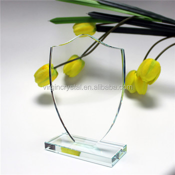 Wholesale cheap crystal shield shape trophy/glass awards