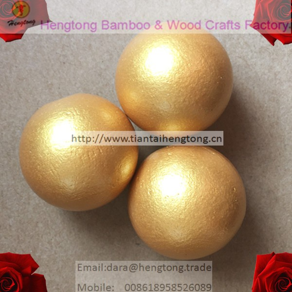 Custom golden color round wood balls rooster egg kids toy promotional eggs