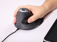 vertical mouse M618