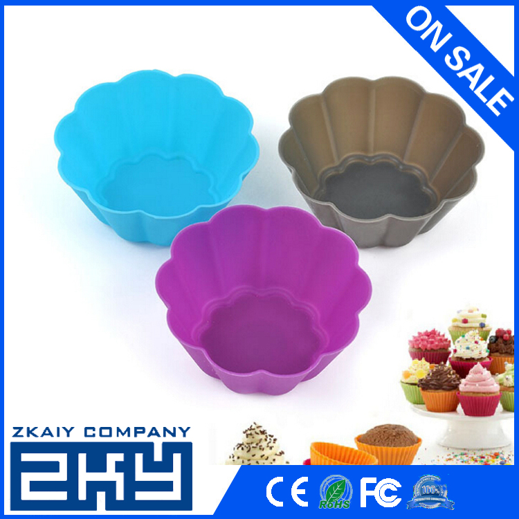 ZKY - Vibrant Colors Silicone Flower Reusable Cupcake and Muffin Baking Cup, Silicone Cupcake Holders