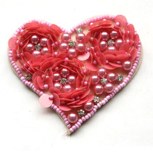 wholesale beaded patch heart shape sequin applique lovely pearls motif for clothes