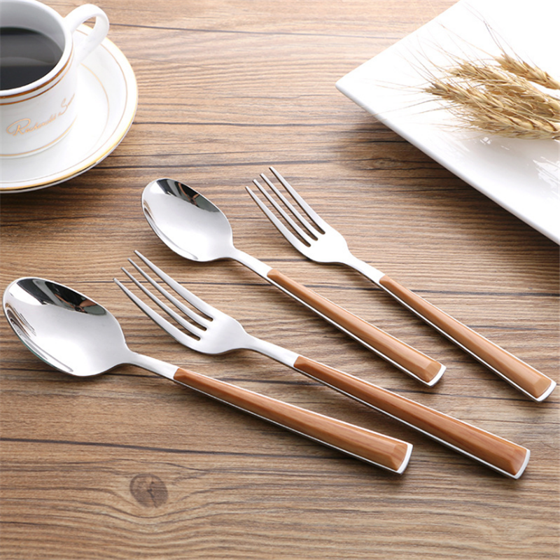 High quality can mix it Stainless steel dinner spoon,plastic spoon and spoon fork set
