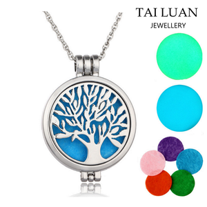 Wholesale circle locket necklace fashion colorful essential oil diffuser necklace