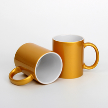 China Factoryt Directly Sale Eco-friendly Cheap Pearl Coating Gold Mug Porcelain with Big C Handle and DIY Logo