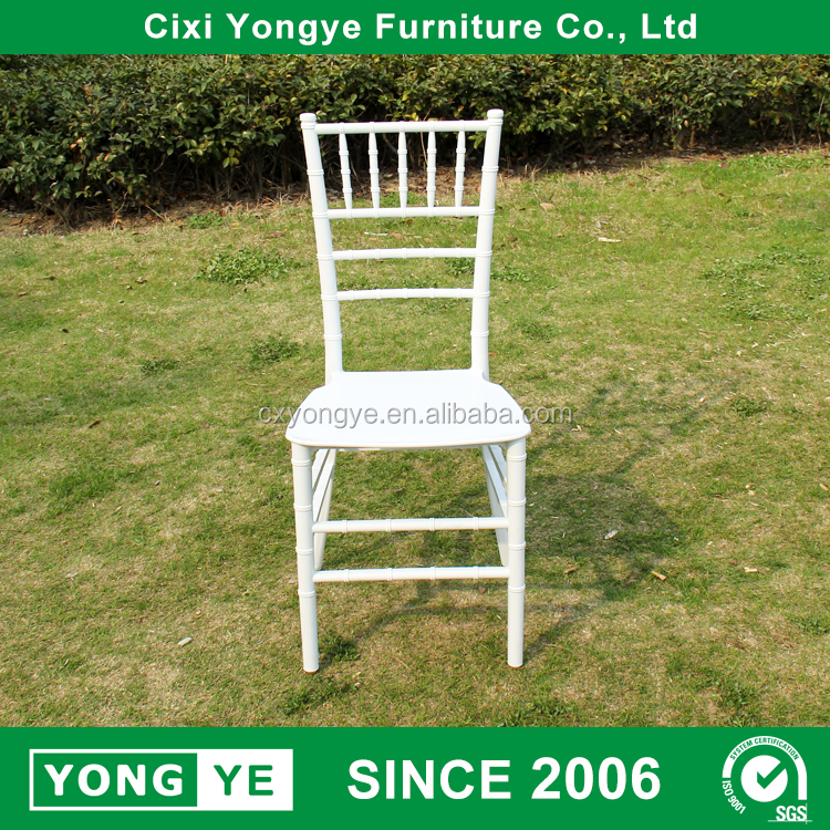 White monobloc resin chiavari chair