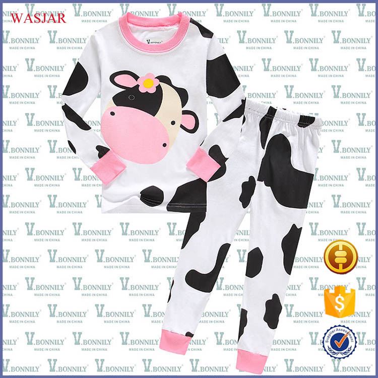 2016 baby girls fashion cotton pajamas a large number of spot