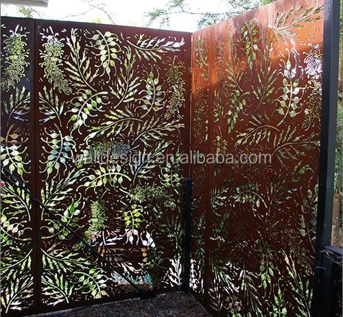 garden metal wall trellis in natural rust color
