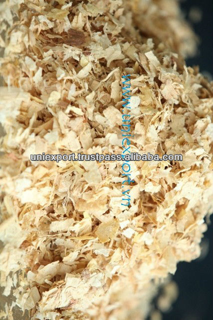 Mix pine and rubber Shavings for animal bedding