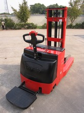 4.5M Lifting Height Electric Reach Truck with Cheap Price